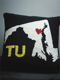 Image For PILLOW MD MAP/TU/HEART